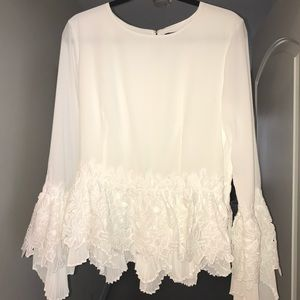 Gracia White Long Sleeve Floral Pleated Peplum Top